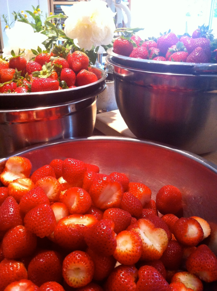 Local Strawberries at Le Meadow's Pantry